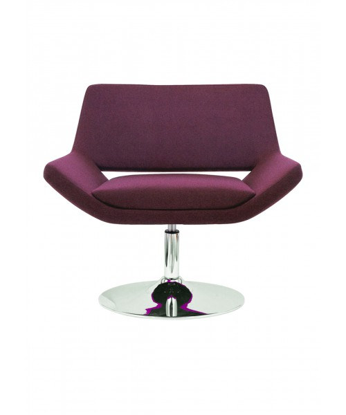 Saito lounge Chair 02